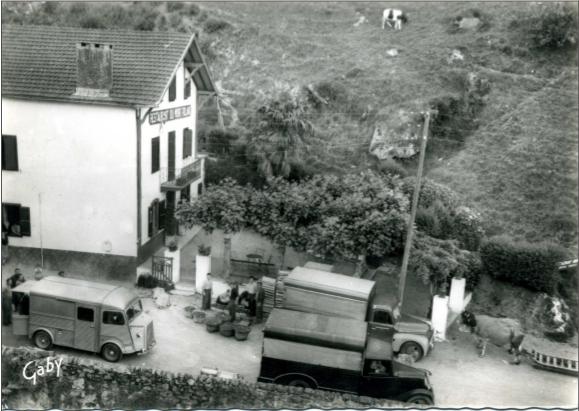 Le marché aux cerises du Laxia - Itxassou en 1965